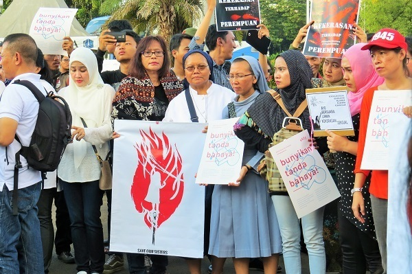 Perempuan Lintas Iman Menyikapi Darurat Kekerasan Seksual, TOLAK HUKUMAN KEBIRI DAN MATI