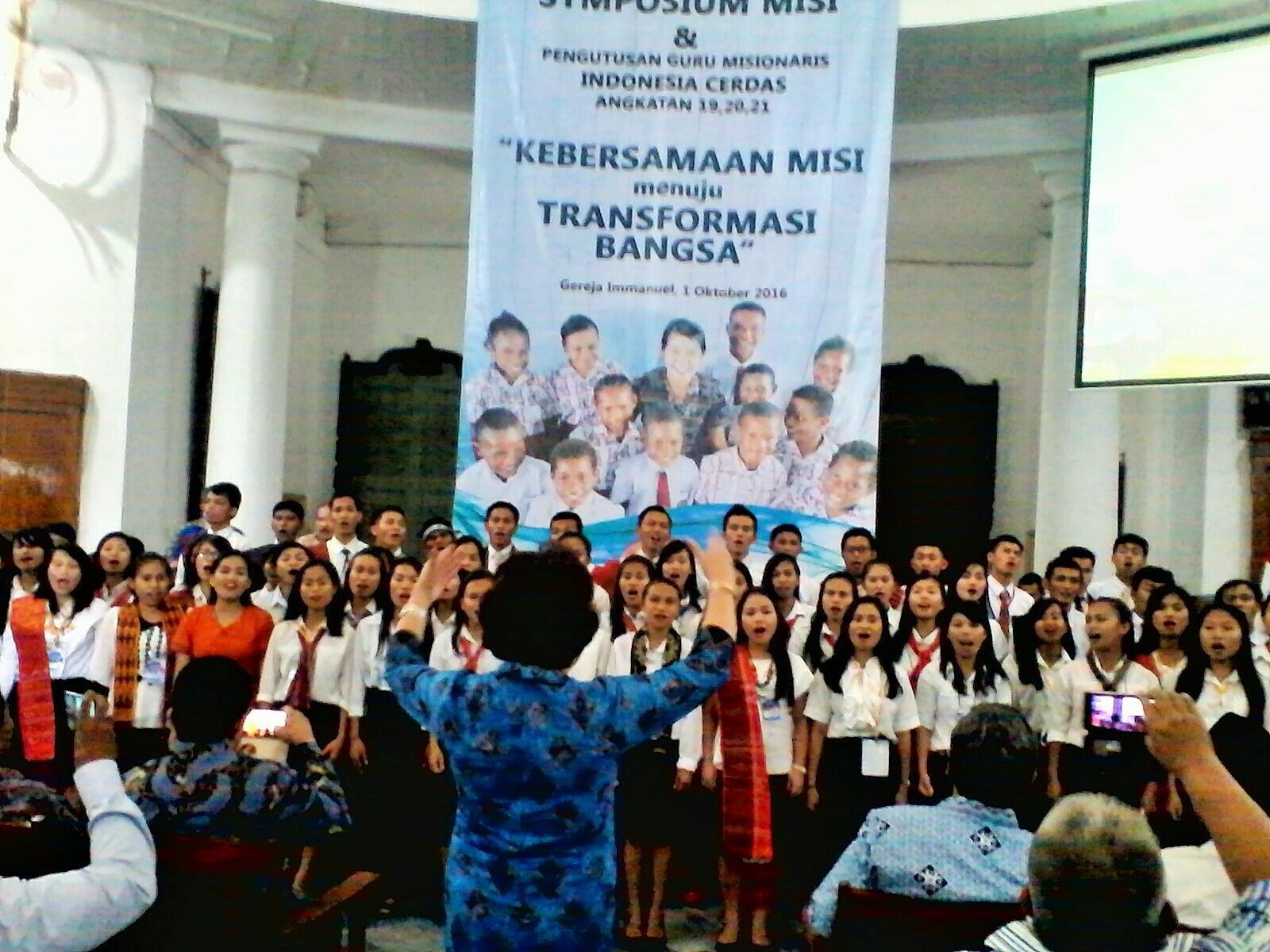 Lagi, Indocer Kirim 91 Guru Petra ke Papua
