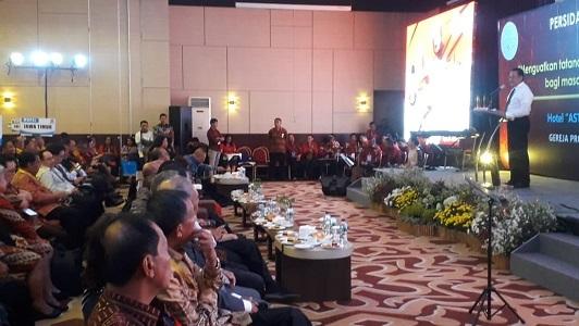 Ketua MPR RI Bambang Soesatyo tengah memberikan Sosialisasi 4 Pilar di acara PST GPIB 2020