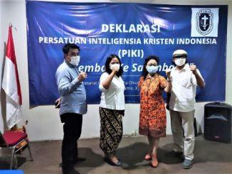 Perwakilan para aktivis Kristen asal Salemba 10 yang mendeklarasikan PIKI Kembali ke Salemba 10 yang digelar di Sekretariat PP GMKI, Salemba Raya 10, Jakarta Pusat, Kamis (3/6/2021). Dari kiri: Sandi Ebenezer Situngkir, Wahyuningtyas Woro, Evi Douren dan Penrad Siagian.